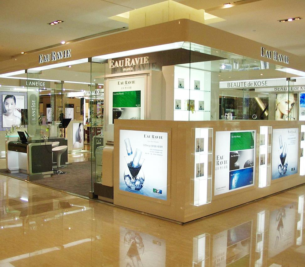 信阳化妆品展柜厂商场专业选择泰达制作价格最低
